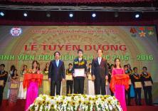 Lễ tuyên dương Sinh viên tiêu biểu năm học 2015 - 2016
