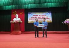 Đoàn trường trao tặng kinh phí hỗ trợ nông thôn mới tại huyện Thủy Nguyên (tháng 8 - 2019)