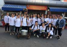 CLB Thiện nguyện Khoa Ngoại ngữ: Nồi cháo yêu thương