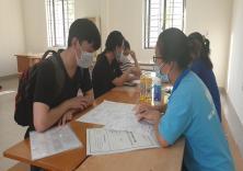 Hình ảnh ngày đầu tiên hỗ trợ nhập học cho Tân sinh viên K62